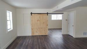 Barn Door, Flooring